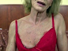 GILF goddesses and their tight wrinkly cunts