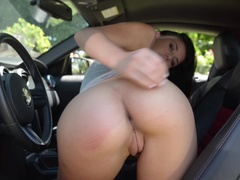 College Hottie Gives Car Body Shine With T&A