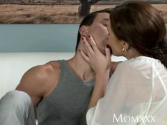 MOM Less aged boy makes love more seasoned housewife in the ass