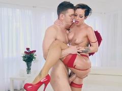 Bootylicious Girlfriend and boyfriend celebrate Valentine's Day