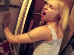 Dilettante sex video with blonde tootsie that loves to have sex