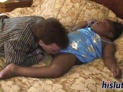 Midget ebony bimbo gets her cunt drilled