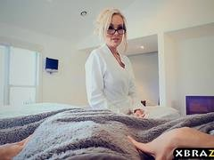 Grown-up stepmom shows young guy the way to use his cock