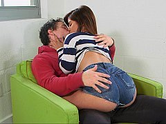 18-19 year old babe making out with her young BF