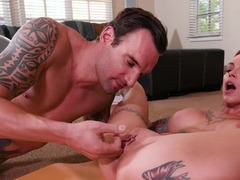 Fantasy comes to life as a workout babe fucks his brains out
