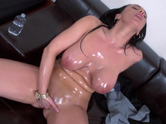 Euro milf is shining from each and all the oil that is covering her body