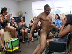 Office females admire the stripper so much they give blowjob on his flag pole