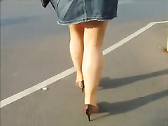 Naked pantyhose and high-heeled slippers