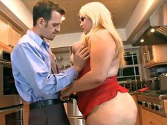 Young and fresh married Bbw gets fucked in Kitchen