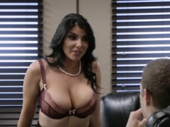 Brazzers - Love bubbles at Work - Pressing News s