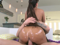 Porn pro mom in sexy black stockings fucks his big fuck pole