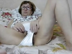 Stefany opens her Twat for Me