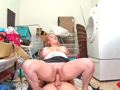 Chunky inexperienced blonde Shyla gets screwed from behind