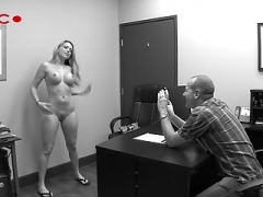 Porn model Courtney Cummz Gets Casted - Point of view