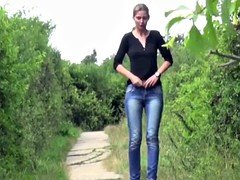 Babes Peeing Outdoor 2