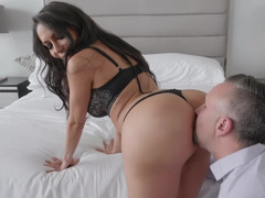 Brunette porn diva Lela Star and Keiran Lee demonstrate awesome sex