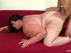 Dark haired milf Bella Bendz receives memorable anal gusto