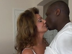Excited Cougar Deauxma Bangs Big Black Knob Debt Collector!