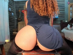 Voluptuous Babe Amazing Webcam Toying