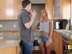Allie Nicole,Alex D. Teens Love Cream