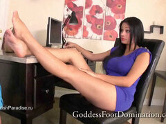 Jamie Valentine - Transition manager footjob footworship