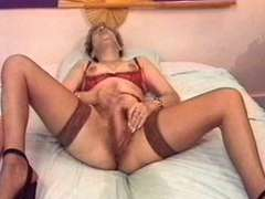 Biotch orgasme grown-up francaise avec chatte qui gicle