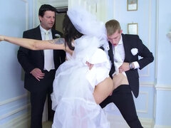 Bride Simony Diamond gets a last fuck with her husband's best friend