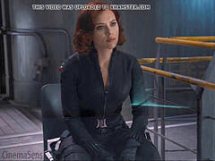 black Widow Scarlet Johansson ample arse