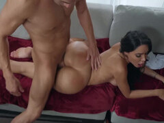 Sex slave with bubble ass Lela Star getting stuffed in her butt