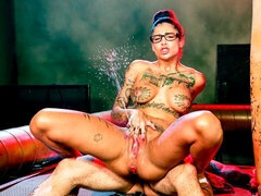 Sweet inked slut Bonnie Rotten penetrated by her private coach