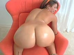 Undressed latin brunette diva sophia castello fucking