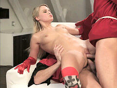 nice light-haired in double penetration
