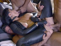 Assasin Romi Rain gets triple penetrated in a gangbang