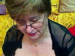 Positively Granny in the web camera R20
