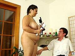 BBW mummy seduces junior dude