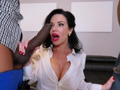 Veronica Avluv gets destroyed by two massive black shlongs