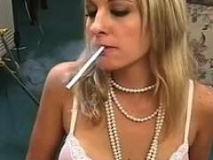 Amatér eben fajčenie videá