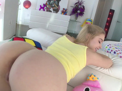 Good-looking blonde gets screwed in ass by Mike Adriano