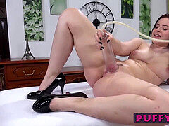 crazy Lexie pumps her cooch and plays with a purple dildo