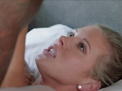 Samantha Saint receives milky cumshot on her face