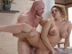 Bald lover penetrates meaty twat of all-natural girl Natasha Nice