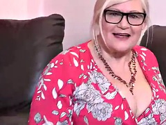 BBW Aunty giving JOI