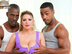 Cute white babe Brooklyn Chase screwed in DP mode by BBCs