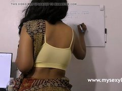 Superb Indian Adult star Girl Lily Dirty Sex Chat In Tamil