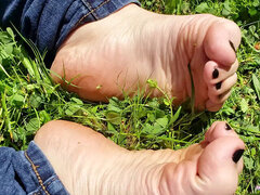 I Want You to cum ALL Over my oiled Up little FEET - PUBLIC foot show!