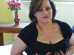 Grosser kitzler HD Videos - Beliebt - hdpornmax.com