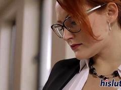 Two luscious office sluts make love each other