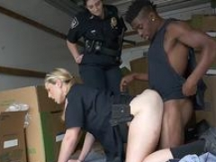 Ed cheating blonde and furthermore hot spanish milf Black suspect taken on a harsh ride