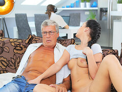 DADDY4K. Dick of housewife dad satisfies girl's need in...
