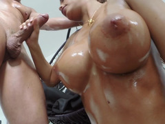 Perfect titties & ass chick Satin Bloom sits on the big dick